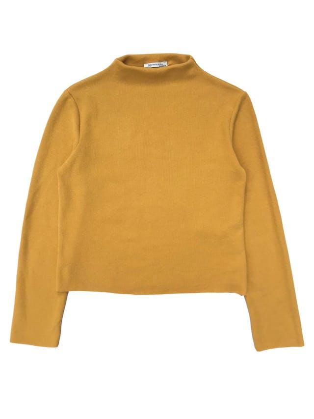 Chompita Zara acanalada amarilla cuello alto. Busto 98cm Largo 50cm foto 1
