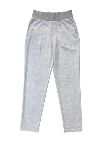Pantalón formal Zara plomo, a la cintura, corte slim, con bolsillos laterales y pretina ancha. Cintura 70cm Largo 102cm. Precio original S/ 159 foto 1