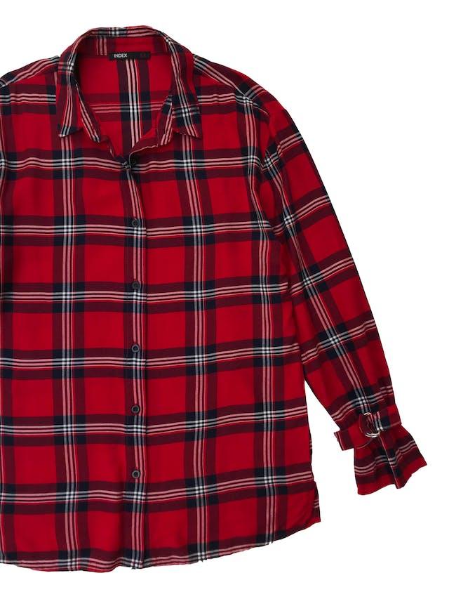 Blusa larga Index, roja a cuadros con hebillas en los puños. Largo 65cm. Nueva. foto 2