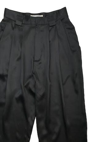 Pantalón slouchy Linda Allard for Ellen Tracy 100% seda negra. Cintura  66cm Largo 110cm (para adaptar a tu alruta) foto 2