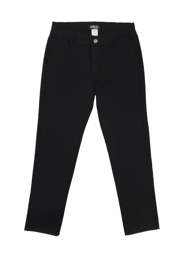 Pantalón de drill negro 94% algodón, corte slim. Cintura 70cm foto 1