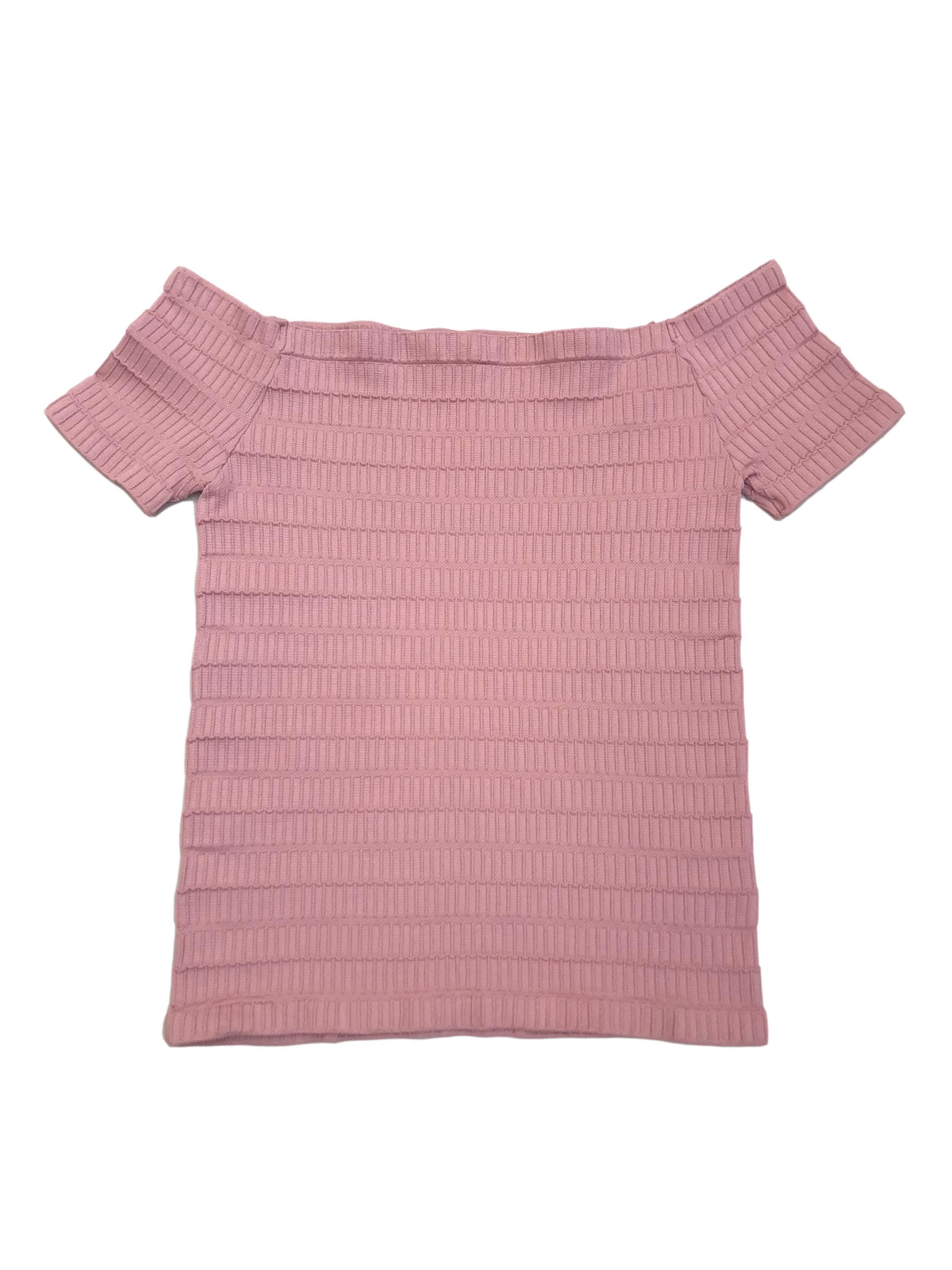 Top off shoulder palo rosa con textura, es stretch