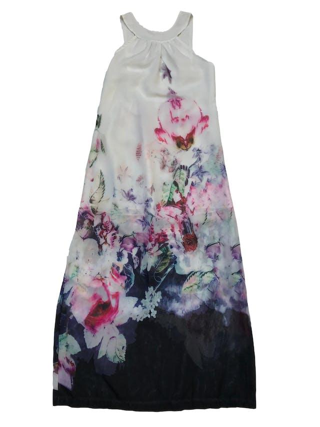 Vestido largo de gasa blanca con flores, tiene cierre lateral y forro mini. Busto: 90cm Largo desde sisa 120cm  foto 1