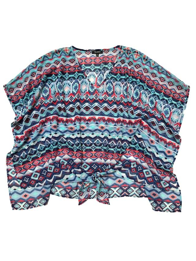 Blusa de gasa con estampado tribal en tonos azules, se amarra en la basta delantera. Busto 106 Largo 53 - 65cm foto 1