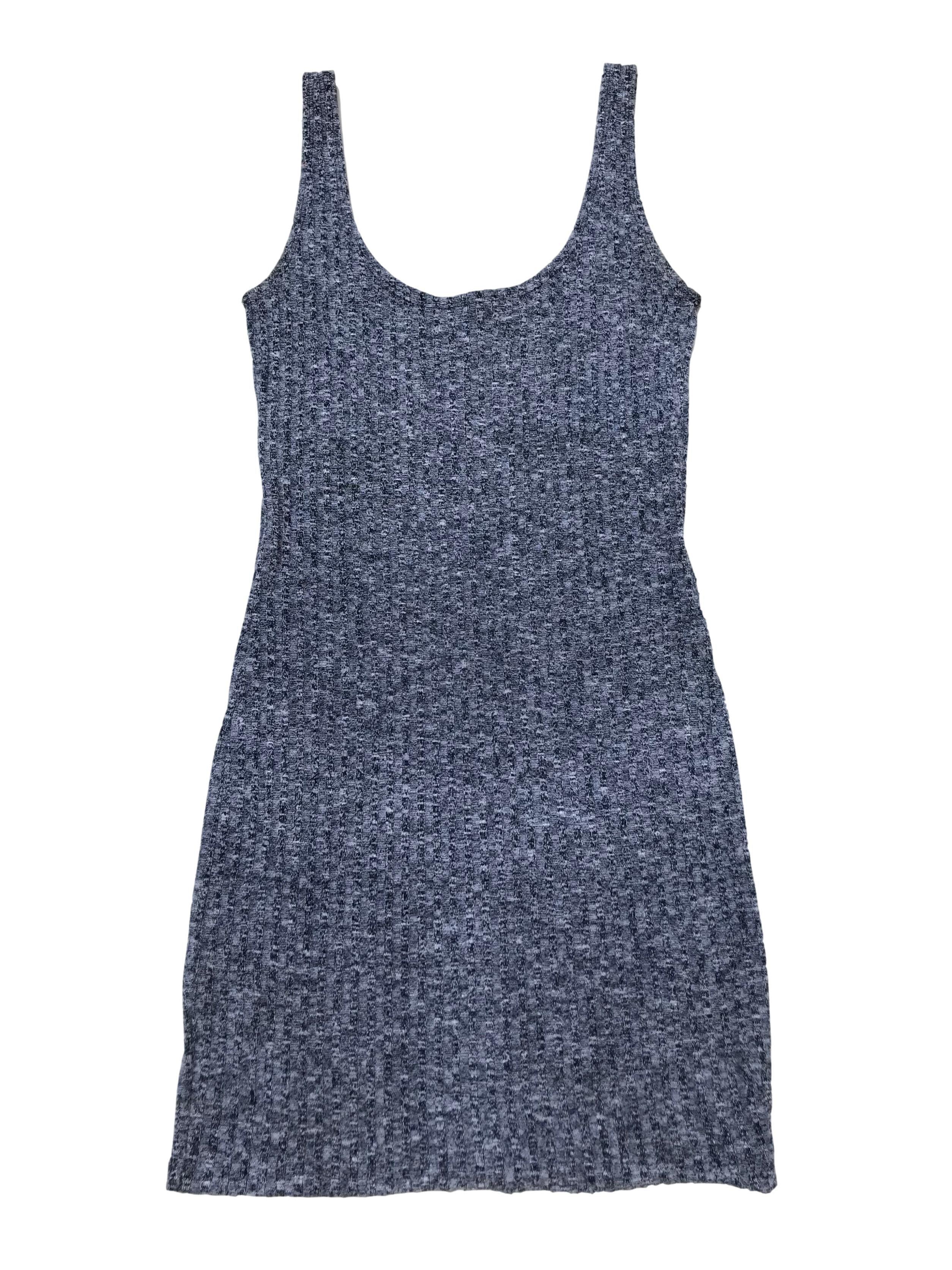Vestido Cotton On de punto azul jaspeado, acanalado. Busto hasta 100cm Largo 85cm. Precio original S/ 130