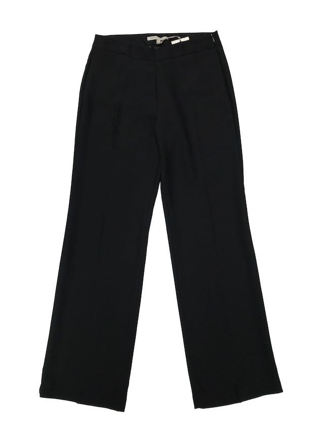 Pantalón formal Mentha&Chocolate negro, a la cintura con pinzas posteriores, cierre lateral y corte pierna ancho con caída hermosa. Cintura 80cm Largo 110cm. Nuevo con etiqueta. Precio original S/ 179 foto 1