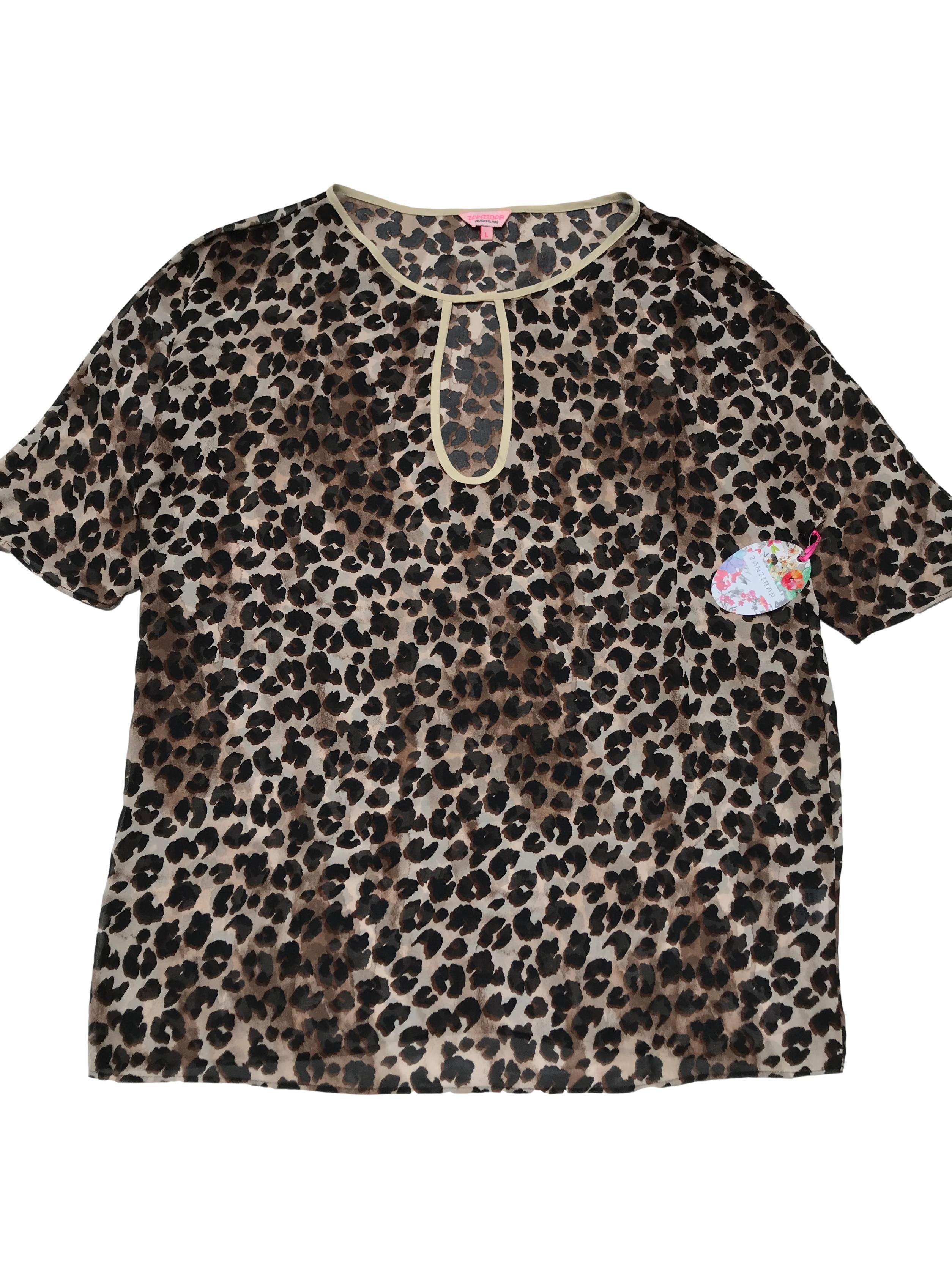 Blusa oversize Zanzibar de gasa animal print, oversize con escote de gota en el cuello. Largo 75cm. Nueva con etiqueta.