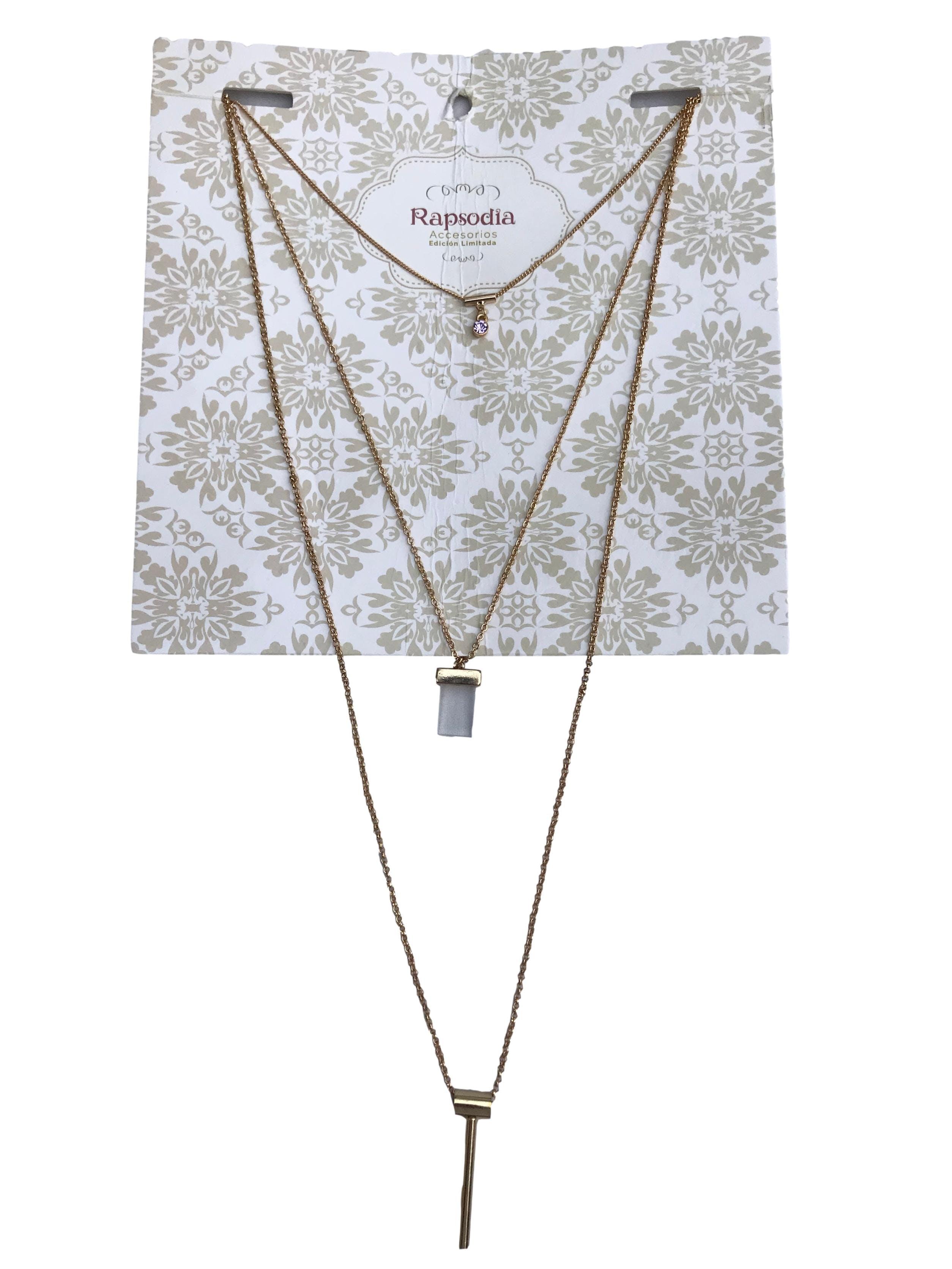 Collar cadena dorada en tres tiempos. Largo 90cm. Nuevo con etiqueta, precio original S/ 29.9