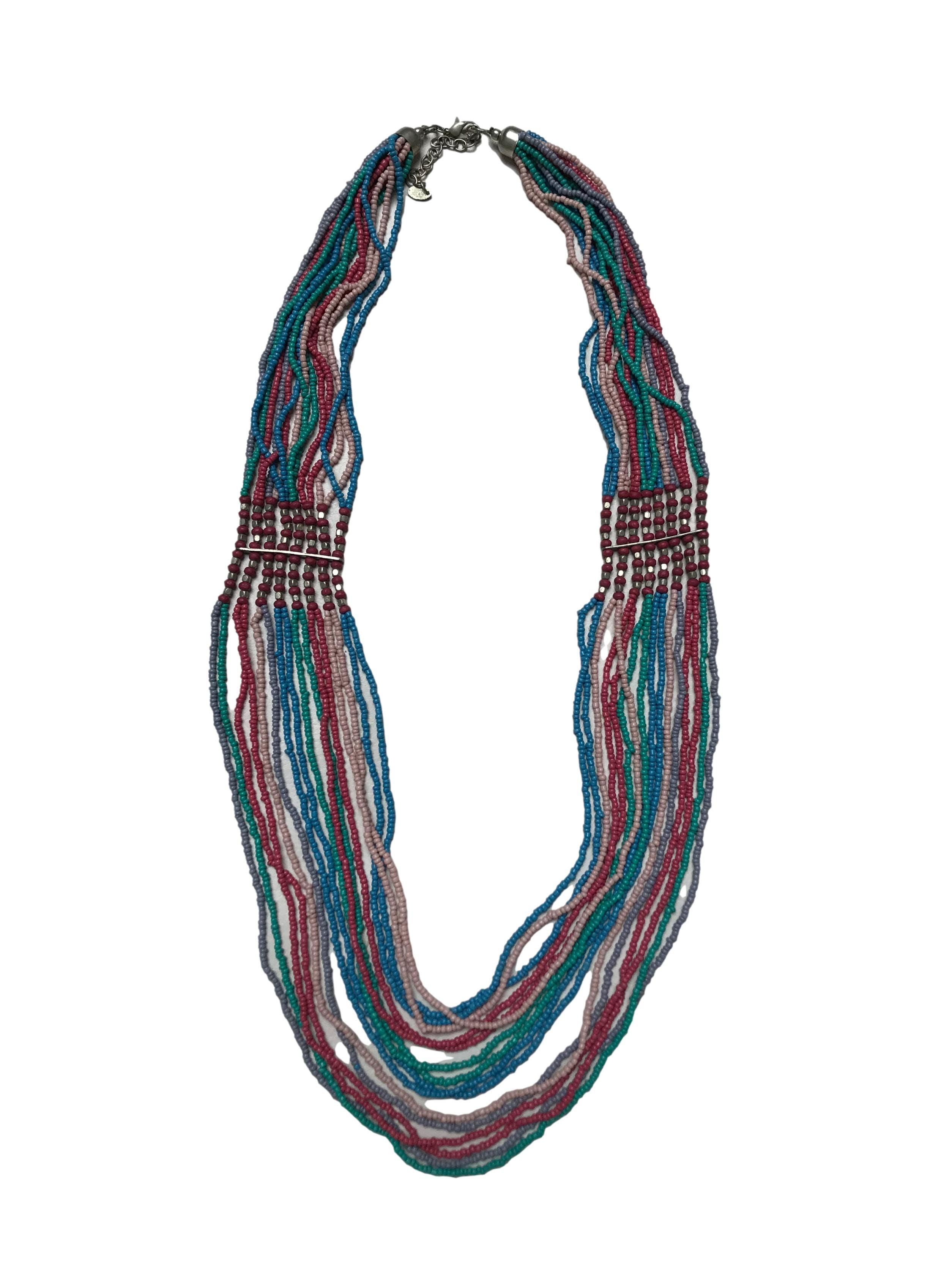 Collar Sfera de 16 tiras de mostacillas de colores. Largo 80 cm