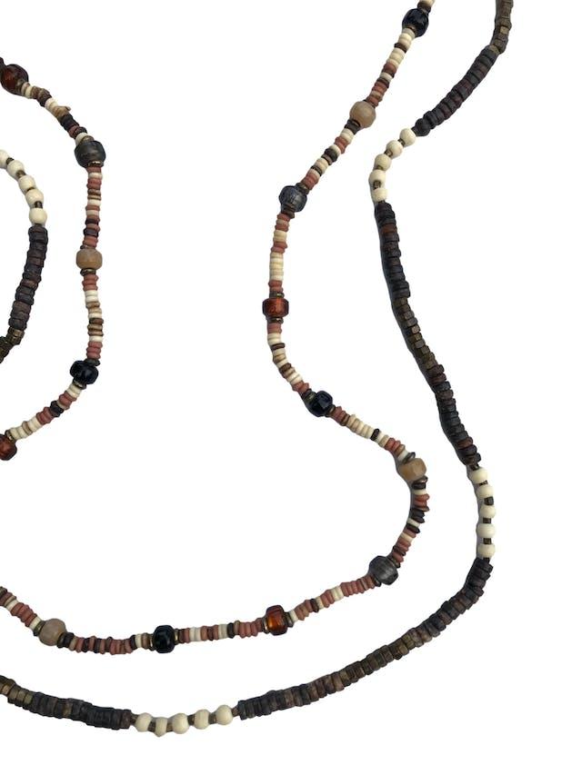 Set de dos collares de piedras, madera, murano y metal. Largo 105cm - 95cm foto 2