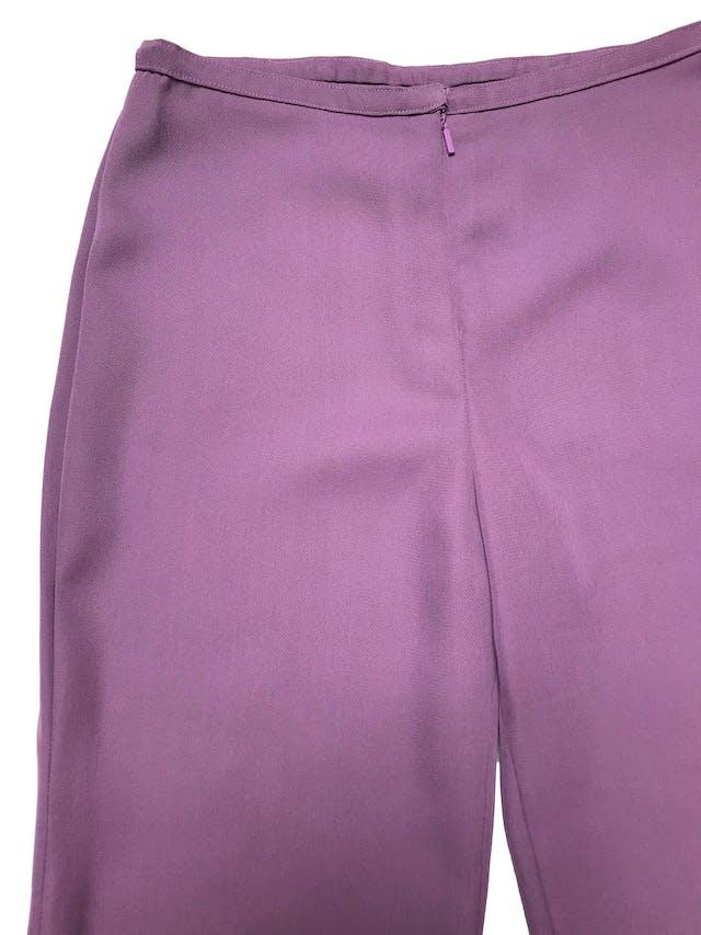 Pantalón a la cintura corte recto, tela tipo gasa gruesa fluida. ¡Hermoso color! Cintura 84cm Cadera 106cm foto 2