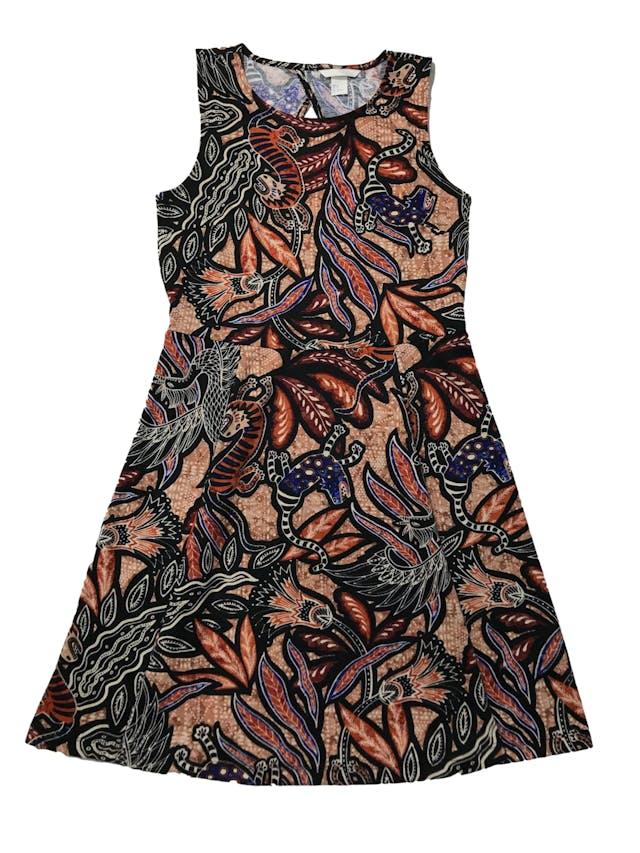 Vestido H&M tipo jersey grueso, escote en la espalda, corte a la cintura y falda semicampana. Largo 90cm foto 1