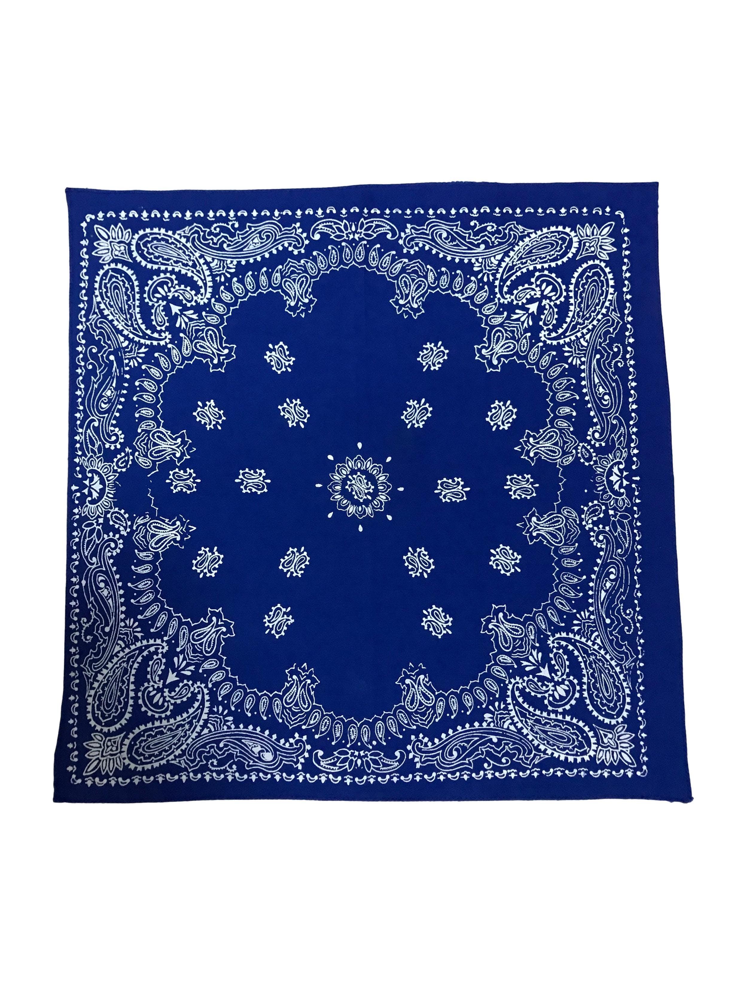 Bandana azul con print blanco. Medidas 50x50cm