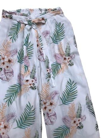 Pantalón a al cintura tipo chalis con cinto para amarrar, pretina elástica atrás, bolsillos laterales y corte recto. Largo 86cm foto 2