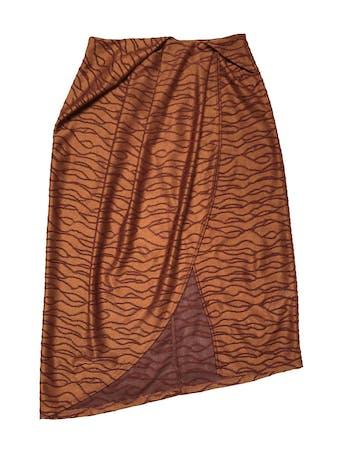 Falda midi Zara, tela de punto ocre con bordados al tono, con pliegues y cruce delantero, lleva cierre posterior. Cintura 70cm Largo 70 - 80cm foto 1