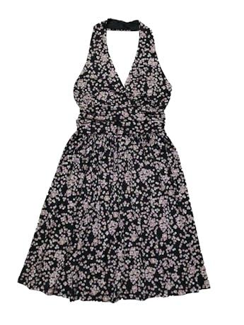 Vestido Charlotte Russe negro con estampado de puntos crema y rosa, cuello halter, cinto para amarrar atrás y falda con vuelo. Largo desde sisa 65cm. Nuevo.  foto 1