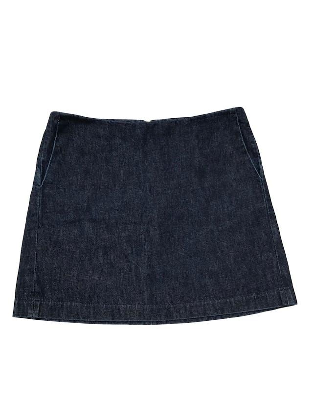 Falda Gap de denim grueso 100% algodón con bolsillos laterales y cierre posterior. Pretina 86cm Largo 43cm. foto 1