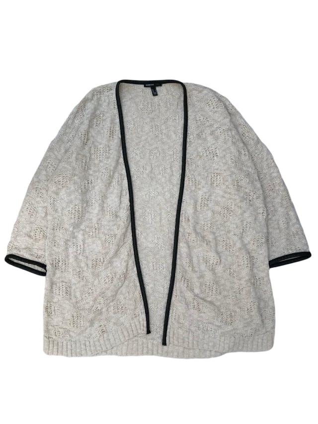 Cardigan Mango 100% algodón crema con ribetes de cuerina negra. Largo 70cm  foto 1