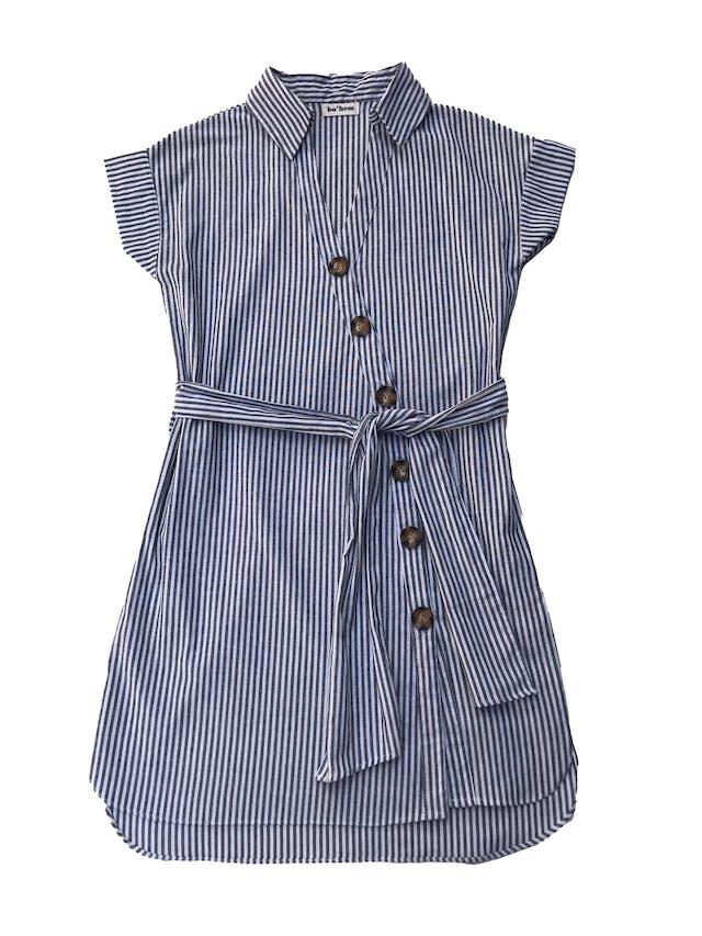 Vestido Bohem de tela tipo algodón y lino, con fila de botones cruzados y cinto para amarrar. Busto 96cm Largo 85 - 90 cm. Precio original S/ 149 foto 1