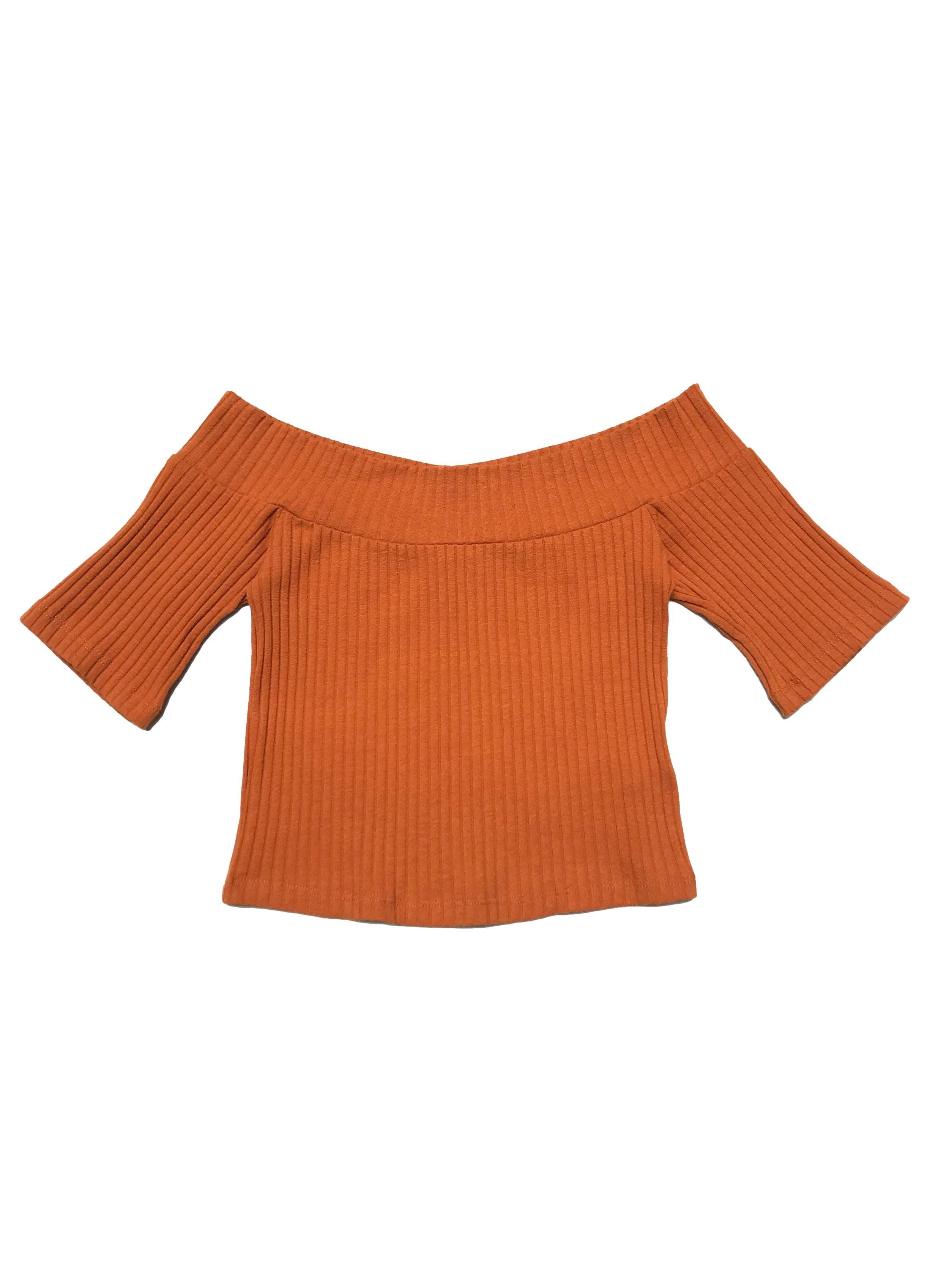 Top anaranjado Forever21con textura acanalada y manga corta. Largo 33cm