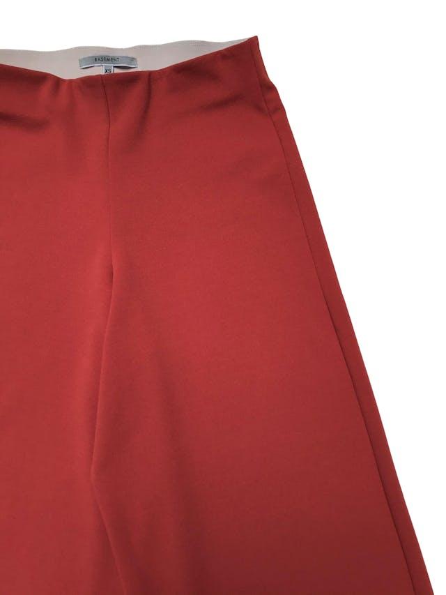 Culotte Basement en tono ocre con elástico en la cintura (68cm sin estirar) Largo 78cm foto 2