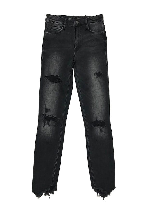 Skinny jean Zara a la cintura, negro efecto lavado con rasgado en las piernas y desflecado en basta. Cintura 62cm sin estirar Largo 95cm foto 1