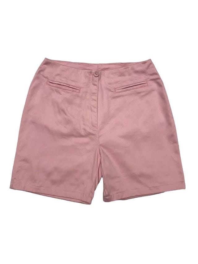 Short de drill palo rosa, a la cintura, con bolsillos, botón y cierre delanteros. Cintura 66cm Largo 38cm foto 1