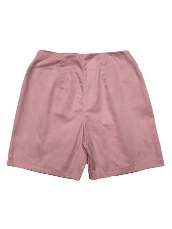 Short de drill palo rosa, a la cintura, con bolsillos, botón y cierre delanteros. Cintura 66cm Largo 38cm foto 2
