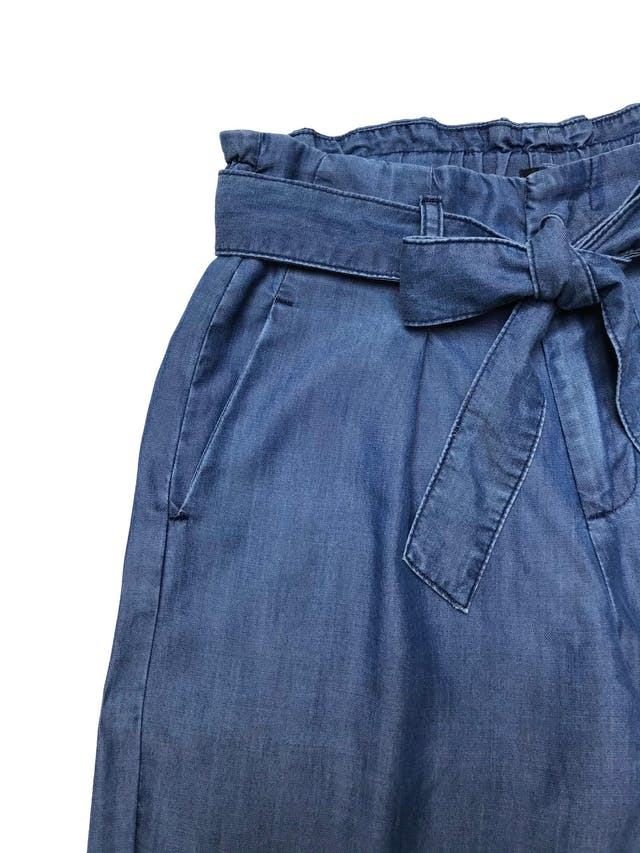 Pantalón Malabar 100% tencel, pretina elástica y cinto para amarrar, tiene bolsillos laterales. Cintura 70cm Largo 88cm foto 2