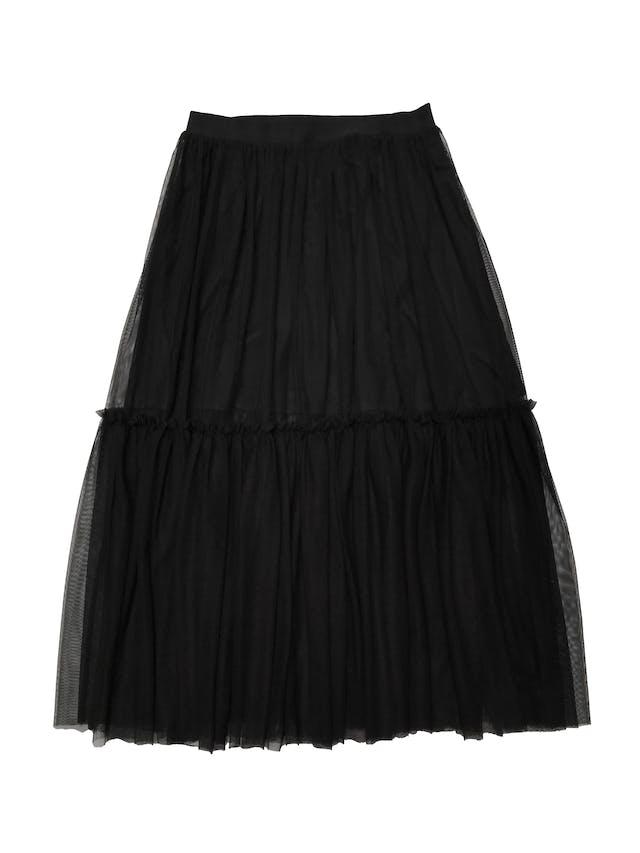 Falda midi H&M de mesh negro en dos capas, con forro corto y pretina elástica. Cintura 68cm sin estirar Largo 82cm foto 1