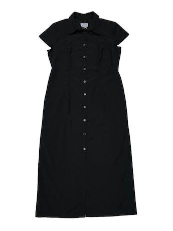 Vestido largo Loft camisero, negro de tela plana tipo camisa, con pinzas delanteras y traseras. Busto 102cm Largo 118cm foto 1