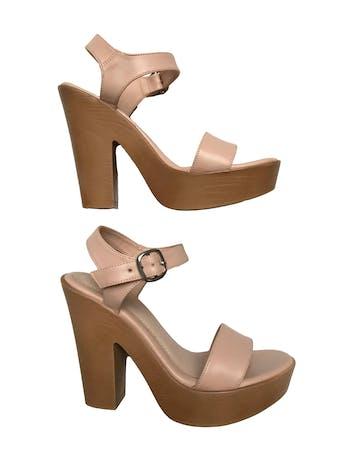 Sandalias Footloose palo rosa con correa en el tobillo. Taco 12cm Plataforma 3cm. Estado 9/10 foto 1