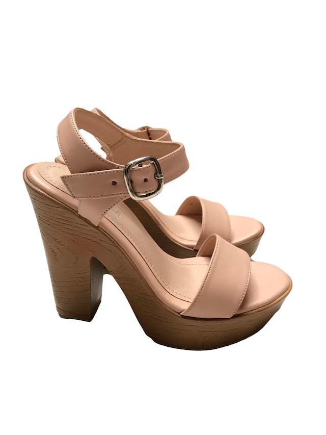 Sandalias Footloose palo rosa con correa en el tobillo. Taco 12cm Plataforma 3cm. Estado 9/10 foto 2