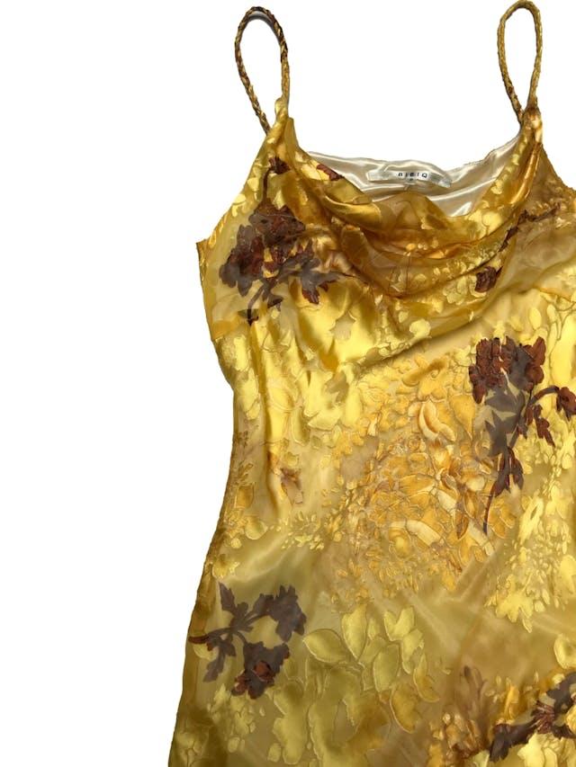 Vestido Bibiq de gasa amarilla con texturas en relieve y estampado floral, basta asimétrica. Largo desde sisa 65 - 95cm foto 2