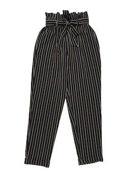 Pantalón paper bag Moda&cia negro con líneas blancas y amarillas, pretina elástica con cinto para amarrar, bolsillos laterales y dobladillo en la basta. Cintura 60cm sin estirar Largo 95cm foto 1