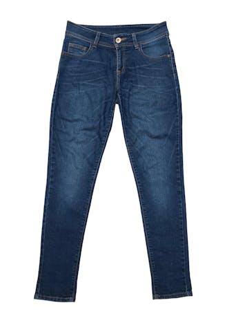 Jean Leonisa 82% algodón stretch, mode lo skinny de tiro medio. Cintura 72cm Largo 95cm. Precio original S/ 139 foto 1