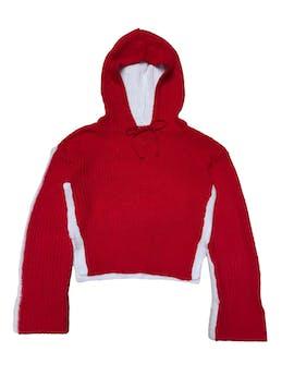 Chompa tejida en delantero rojo y espalda en blanco, con capucha, corta con aberturas laterales, dobladillo en puños. Busto 102cm Largo 50cm. Precio original S/ 169 foto 1