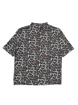 Polo Zara de punto, cuello alto, animal print, basta cropped. Busto 95cm Largo 52cm foto 1