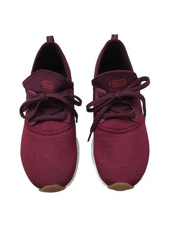 Zapatillas deportivas New Balance FuelCore Nergize. Estado 9.5/10. Size US7 24cm. Precio original s/ 259 foto 2