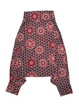 Pantalón baggy de lycra con estampado barroco, pretina ancha en cintura y tobillos. Cintura 70cm Largo 88cm foto 1