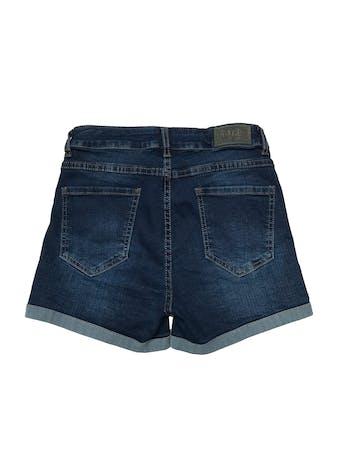 Short jean stretch de tiro alto. Cintura 62cm sin estirar Largo 30cm foto 2