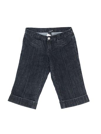 Capri denim gris oscuro con textura trenzada en bolsilllos Talla 28 foto 1
