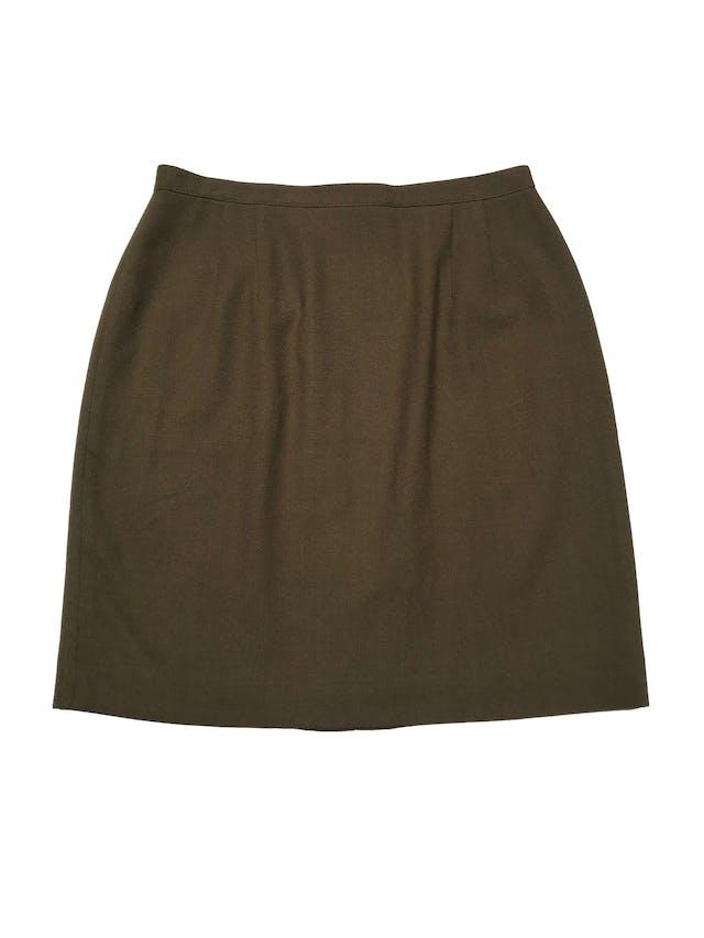 Falda 100% lana, forrada, con cierre y botón posterior. Cintura 82cm Largo 55cm  foto 1